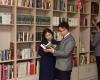 DPRKoreans reading books